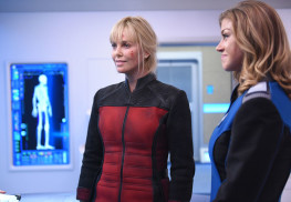 "THE ORVILLE:  L-R:  Guest star Charlize Theron and Adrianne Palicki in the ""Pria"" episode of THE ORVILLE airing Thursday, Oct. 5 (9:01-10:00 PM ET/PT) on FOX. ©2017 Fox Broadcasting Co. Cr:  Michael Becker/FOX"